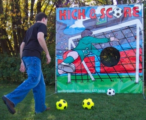 Kick and Score Soccer
