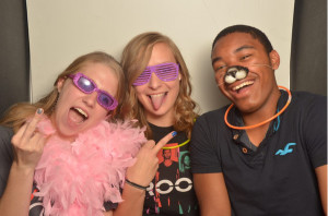photo booth rental for school events and family reunions in dallas tx